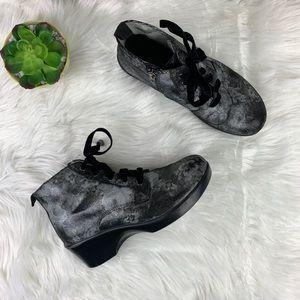 Alegria Eliza Elegance Lace-Up Zip Boot Size 38
